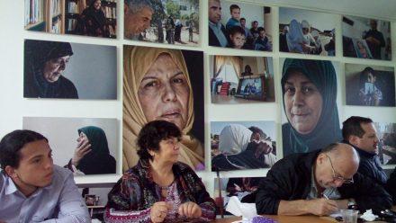 Alicia-Lira-ponencia-en-Ramallah-e1465665750861-440x248